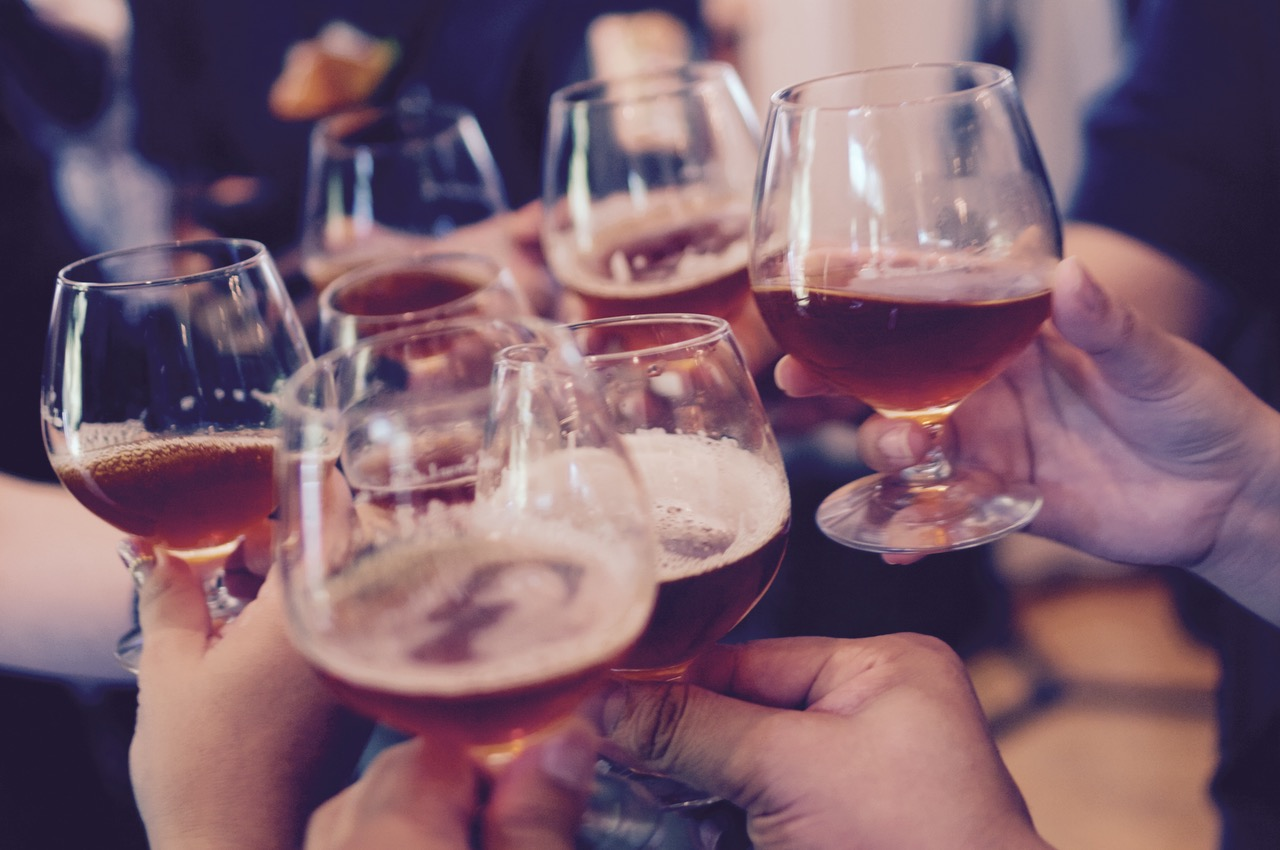 10 signs that you drink too much