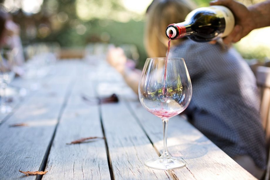 Sober curious: 7 things awaiting a person who gives up alcohol